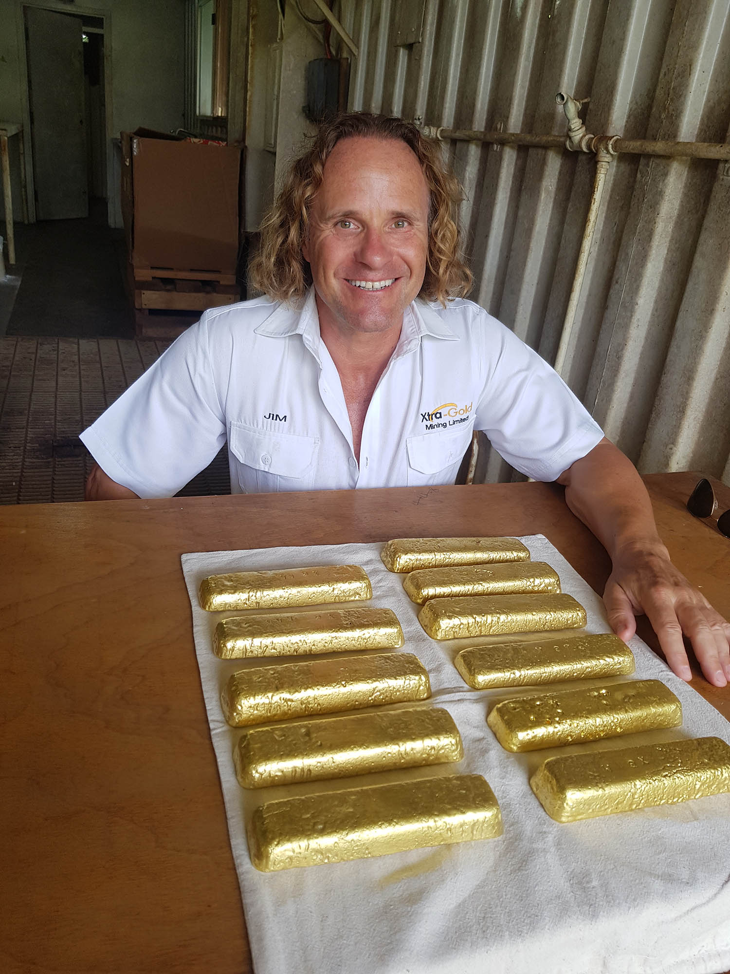 CEO organizing gold sale at mine camp